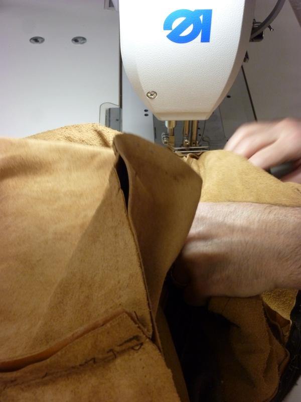 R fection d 39 un canap en cuir au fil des mati res - Housse canape cuir ...
